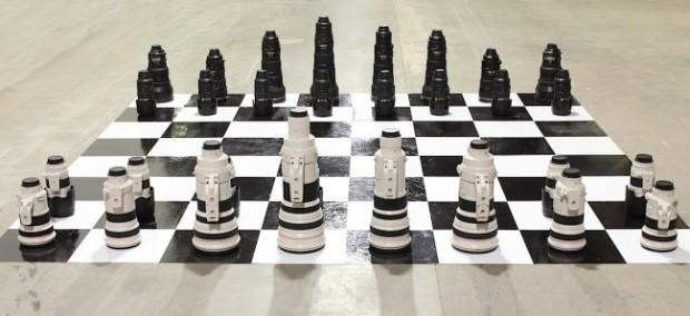 canon-lens-chess-650x298