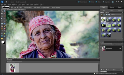 Lady with Wrinkles in Adobe Photoshop Elements