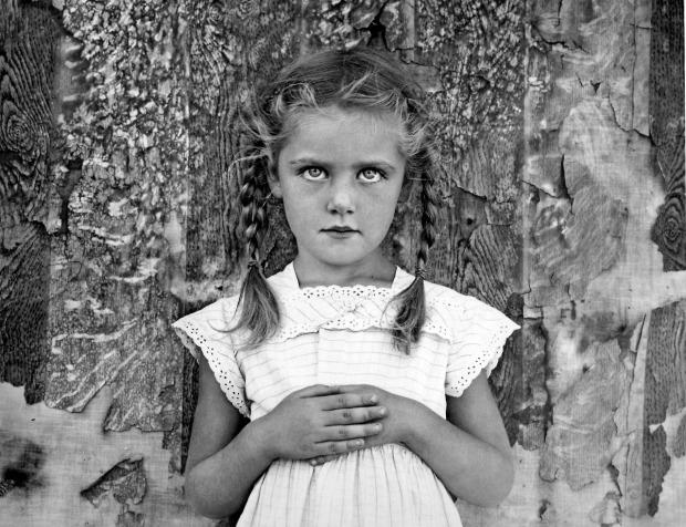 Henri-Cartier-Bresson-menina